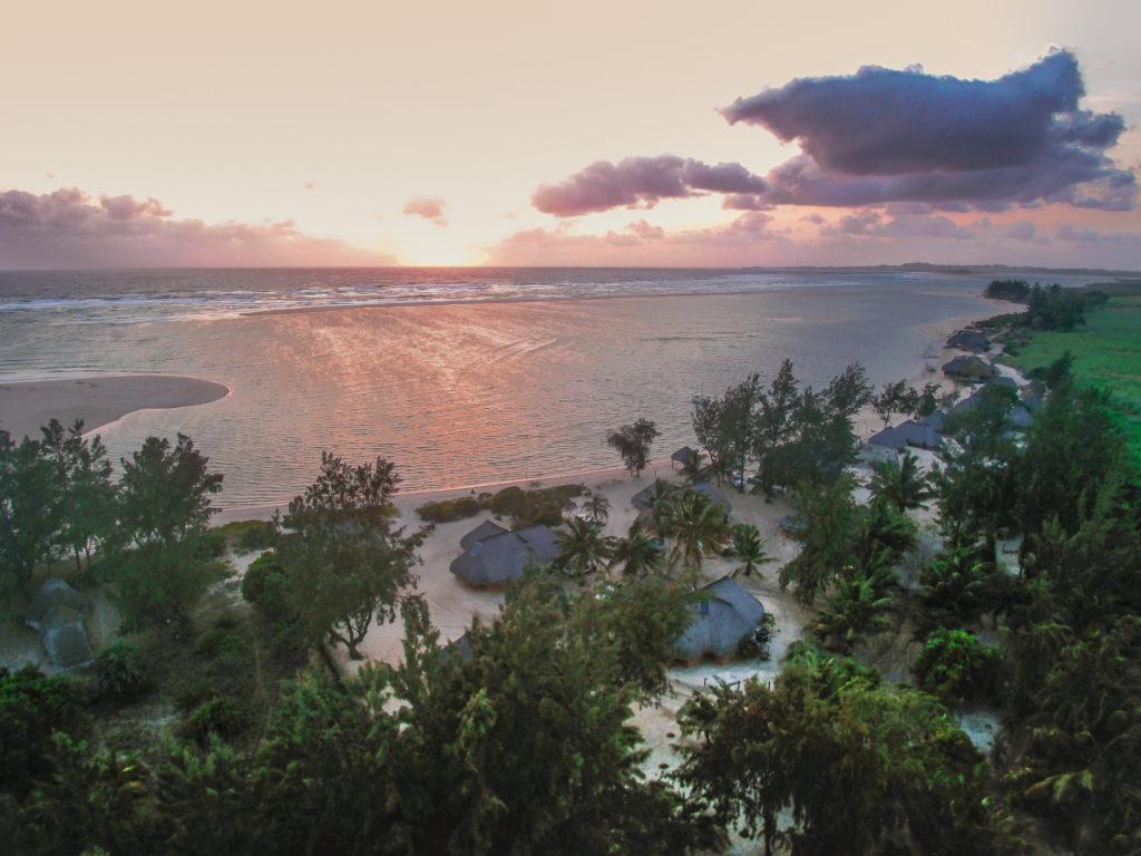 Paradise Beach Lodge 15