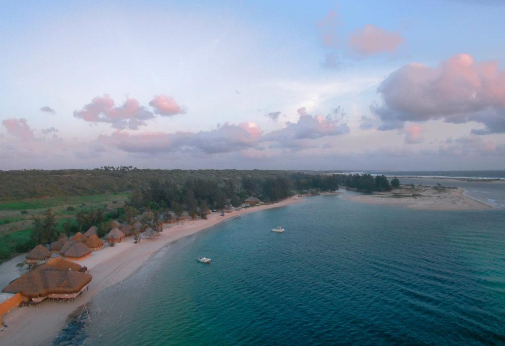 Paradise Beach Lodge 17